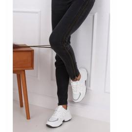 Buty sportowe damskie białe BH-001 White 4