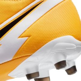 Buty piłkarskie Nike Superfly 7 Academy Mg Jr AT8120-801 wielokolorowe pomarańczowe 7