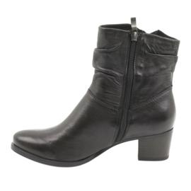 Caprice czarne botki na obcasie 25347 1
