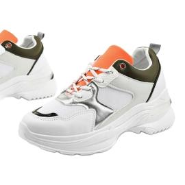 Białe modne obuwie sportowe Hymeda 1