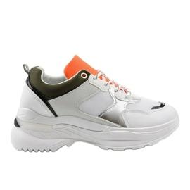 Białe modne obuwie sportowe Hymeda 2