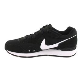 Buty Nike Venture Runner W CK2948-001 białe czarne 1