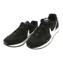 Buty Nike Venture Runner W CK2948-001 białe czarne 2