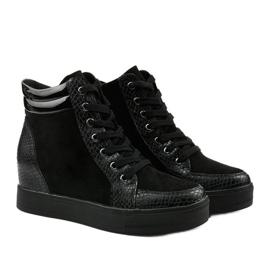 Czarne sneakersy na koturnie Doreala 3