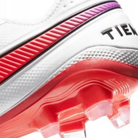 Buty piłkarskie Nike Legend 8 Elite Fg M AT5293-163 wielokolorowe białe 7