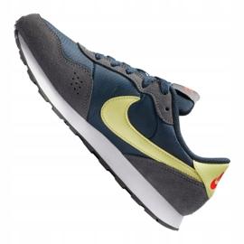 Buty Nike Md Valiant Jr CN8558-400 białe wielokolorowe 5
