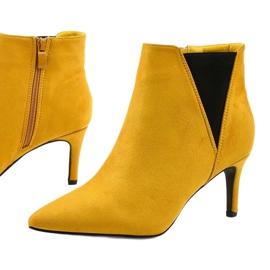 Żółte botki na szpilce z gumką Pattera czarne 1
