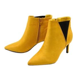 Żółte botki na szpilce z gumką Pattera czarne 2