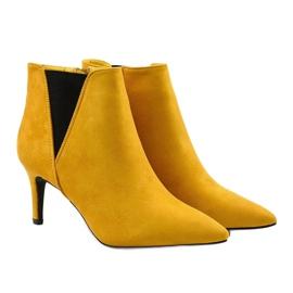 Żółte botki na szpilce z gumką Pattera czarne 3
