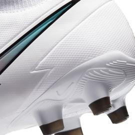 Buty piłkarskie Nike Mercurial Superfly 7 Academy FG/MG AT7946 163 białe białe 6