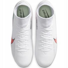 Buty piłkarskie Nike Mercurial Superfly 7 Academy FG/MG AT7946 163 białe białe 1