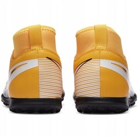 Buty piłkarskie Nike Mercurial Superfly 7 Club Tf Junior AT8156 801 żółte pomarańczowe 4