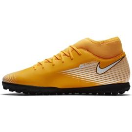 Buty piłkarskie Nike Mercurial Superfly 7 Club Tf AT7980 801 pomarańczowe żółte 2