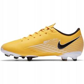 Buty piłkarskie Nike Mercurial Vapor 13 Academy FG/MG Junior AT8123 801 pomarańczowe żółte 2