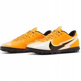 Buty piłkarskie Nike Mercurial Vapor 13 Club Tf AT7999 801 pomarańczowe pomarańczowe 3