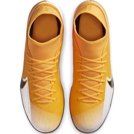 Buty piłkarskie Nike Mercurial Superfly 7 Club FG/MG AT7949 801 pomarańczowe żółte 1
