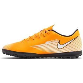 Buty piłkarskie Nike Mercurial Vapor 13 Club Tf AT7999 801 pomarańczowe pomarańczowe 2
