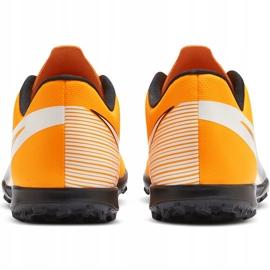 Buty piłkarskie Nike Mercurial Vapor 13 Club Tf AT7999 801 pomarańczowe pomarańczowe 4