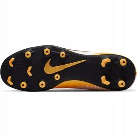 Buty piłkarskie Nike Mercurial Superfly 7 Club FG/MG AT7949 801 pomarańczowe żółte 7