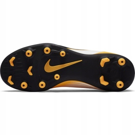 Buty piłkarskie Nike Mercurial Vapor 13 Club FG/MG Junior AT8161 801 pomarańczowe żółte 8