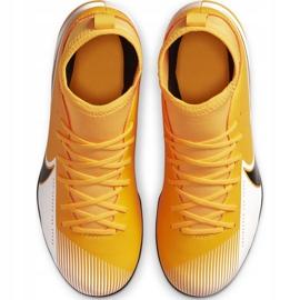 Buty piłkarskie Nike Mercurial Superfly 7 Club FG/MG Junior AT8150 801 żółte pomarańczowe 1