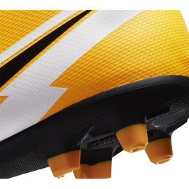 Buty piłkarskie Nike Mercurial Superfly 7 Club FG/MG Junior AT8150 801 żółte pomarańczowe 6