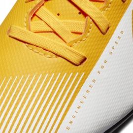 Buty piłkarskie Nike Mercurial Vapor 13 Club FG/MG Junior AT8161 801 pomarańczowe żółte 5