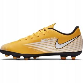 Buty piłkarskie Nike Mercurial Vapor 13 Club FG/MG Junior AT8161 801 pomarańczowe żółte 2
