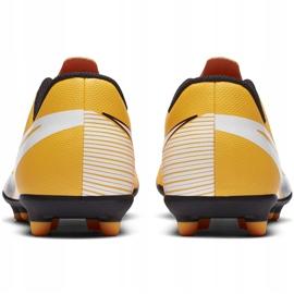 Buty piłkarskie Nike Mercurial Vapor 13 Club FG/MG Junior AT8161 801 pomarańczowe żółte 4