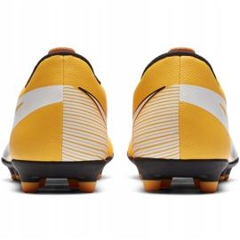 Buty piłkarskie Nike Mercurial Vapor 13 Club FG/MG AT7968 801 pomarańczowe żółte 4