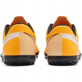 Buty piłkarskie Nike Mercurial Vapor 13 Club Tf Junior AT8177 801 pomarańczowe żółte 4