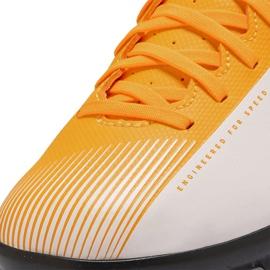 Buty piłkarskie Nike Mercurial Vapor 13 Club Tf Junior AT8177 801 pomarańczowe żółte 5
