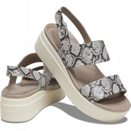 Crocs sandały damskie Brooklyn Low Wedge W multi stucco 206453 93T beżowy 2