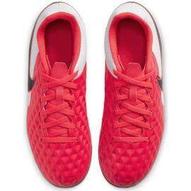 Buty piłkarskie Nike Tiempo Legend 8 Club FG/MG Junior AT5881 606 czerwone czerwone 2