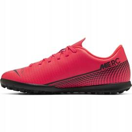 Buty piłkarskie Nike Mercurial Vapor 13 Club Tf Junior AT8177 606 czerwone czerwone 1