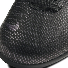 Buty piłkarskie Nike Mercurial Vapor 13 Club FG/MG Junior AT8161 010 czarne czarne 5