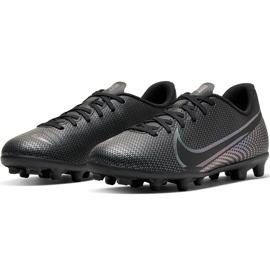 Buty piłkarskie Nike Mercurial Vapor 13 Club FG/MG Junior AT8161 010 czarne czarne 3