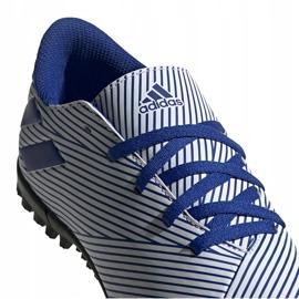 Buty piłkarskie adidas Nemeziz 19.4 Tf Junior biało-niebieskie FV3313 wielokolorowe 2