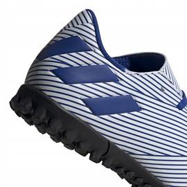 Buty piłkarskie adidas Nemeziz 19.4 Tf Junior biało-niebieskie FV3313 wielokolorowe 6