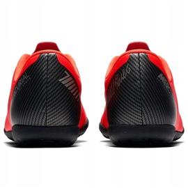 Buty piłkarskie Nike Mercurial Vapor X 12 Club Gs CR7 Tf Jr AJ3106 600 wielokolorowe czerwone 4