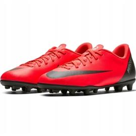 Buty piłkarskie Nike Mercurial Vapor 12 Club Gs CR7 FG/MG Jr AJ3095 600 wielokolorowe czerwone 3