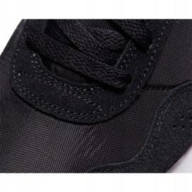 Buty Nike Md Valiant W CN8558-002 białe czarne 5