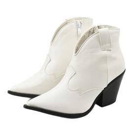 Białe kowbojki damskie Pretender 2