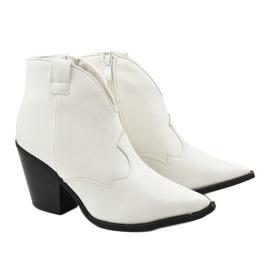 Białe kowbojki damskie Pretender 3