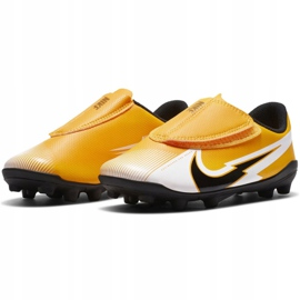 Buty piłkarskie Nike Mercurial Vapor 13 Club Mg PS(V) Jr AT8162 801 żółte żółte 1