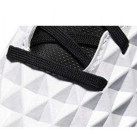 Buty piłkarskie Nike Tiempo Legend 8 Club Tf AT6109 104 biały,niebieski,czarny białe 4