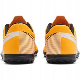 Buty piłkarskie Nike Mercurial Vapor 13 Club Tf Jr AT8177 801 żółte wielokolorowe 6