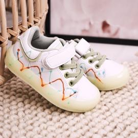 Apawwa Dziecięce Sportowe Buty Ze Świecącą Podeszwą Led Biało-Zielone Disco białe pomarańczowe 6