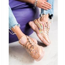 Ideal Shoes Sneakersy Z Efektem Holo różowe 3