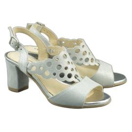 Dolce Pietro Zamszowe sandały damskie na słupku 2083 biało-srebrne białe srebrny wielokolorowe 2